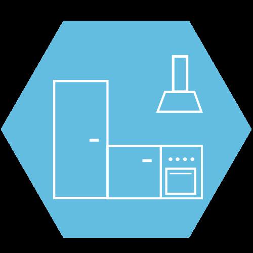 Einrichtung professioneller Küchen mit Arbeitsplatten, Schränken und Geräten aus lnox